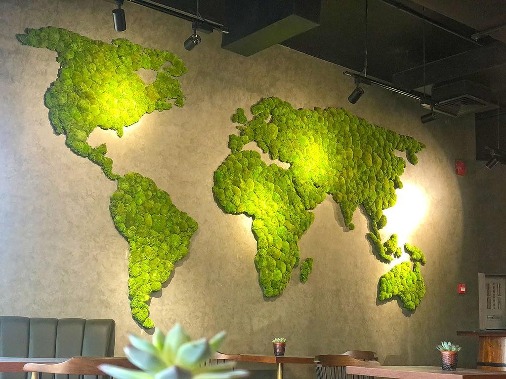World_Map_Moss_wall